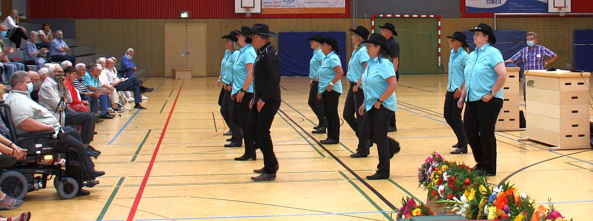 Die Groner Line Dance Gruppe in Aktion